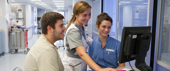 2.500 horas de prácticas clínicas