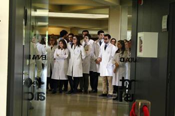 Alumnos de Medicina realizan el ECOE en el Centro de Simulación