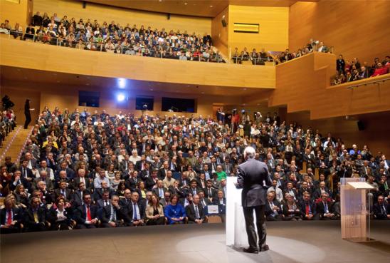 El ministro dicta la conferencia 'Bases sólidas para el crecimiento'